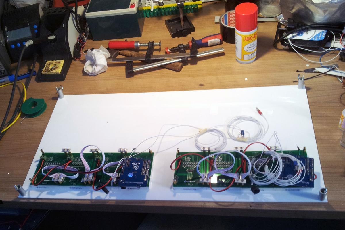 Letzte Montage eines 2er Moduls, es fehtl nur noch die Rückenplatte.